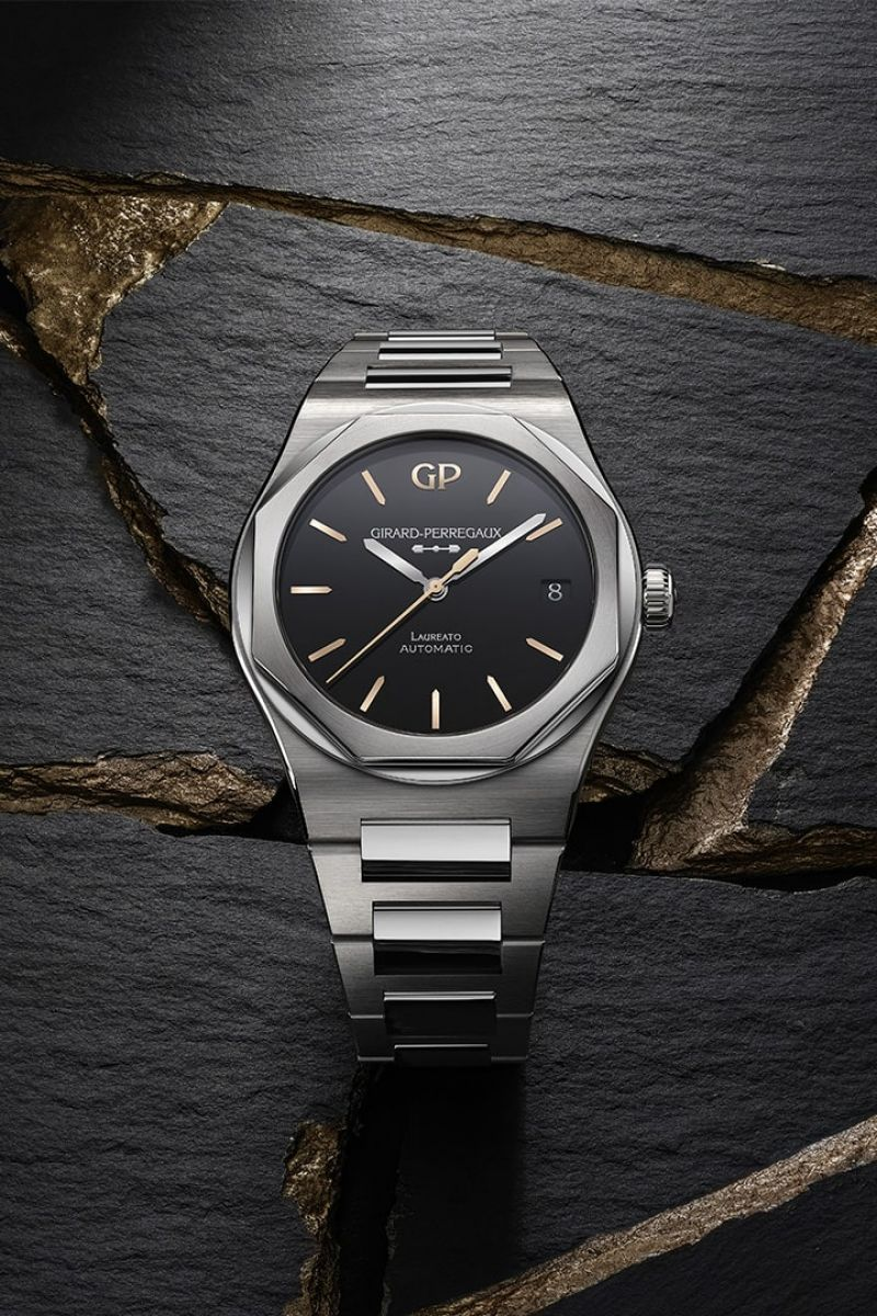 Laureato 42 mm Infinity Edition