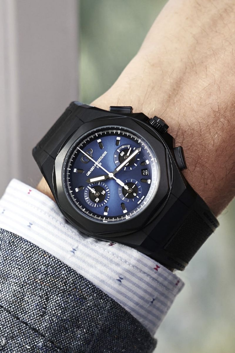 Laureato Absolute Chronograph's lifestyle